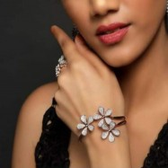 #bracelet #AD #CZ #zirconia #openended #rosegold #flower #circle #bangle