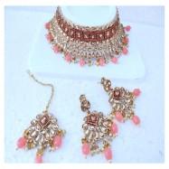#bridal #chokar #earrings #maangtika #padmawati #kundan #dropletbead #pearls #peach #jewelleryset