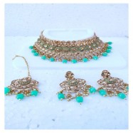 #bridal #chokar #earrings #maangtika #padmawati #kundan #dropletbeads #pearls #tuquoise