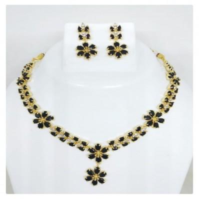#necklace #handcraftedgem #gemstone #black #flower #bela #dori #adjustable